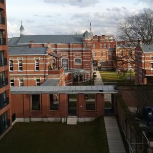 zicht op het militair hospitaal