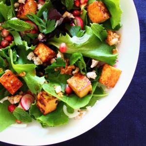 7.Salade-de-jeunes-pousses-au-tofu-grille¦ü-e1473766567764